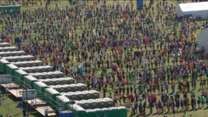 Would you not get performance anxiety trying to go to the toilet with a que like this outside? (From BBC Marathon Broadcast)