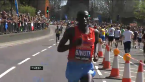 There is a portion of the marathon where the route doubles up on itself and the elite men ran past the amateur runners. It made me emotional seeing the hoard of runners cheering the elite on.